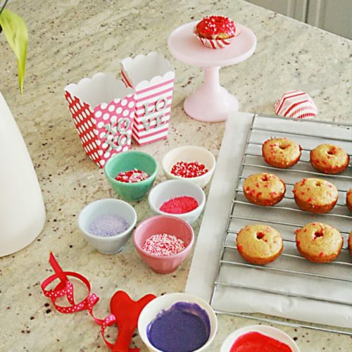 Valentine's Baked Doughnuts {Donuts}